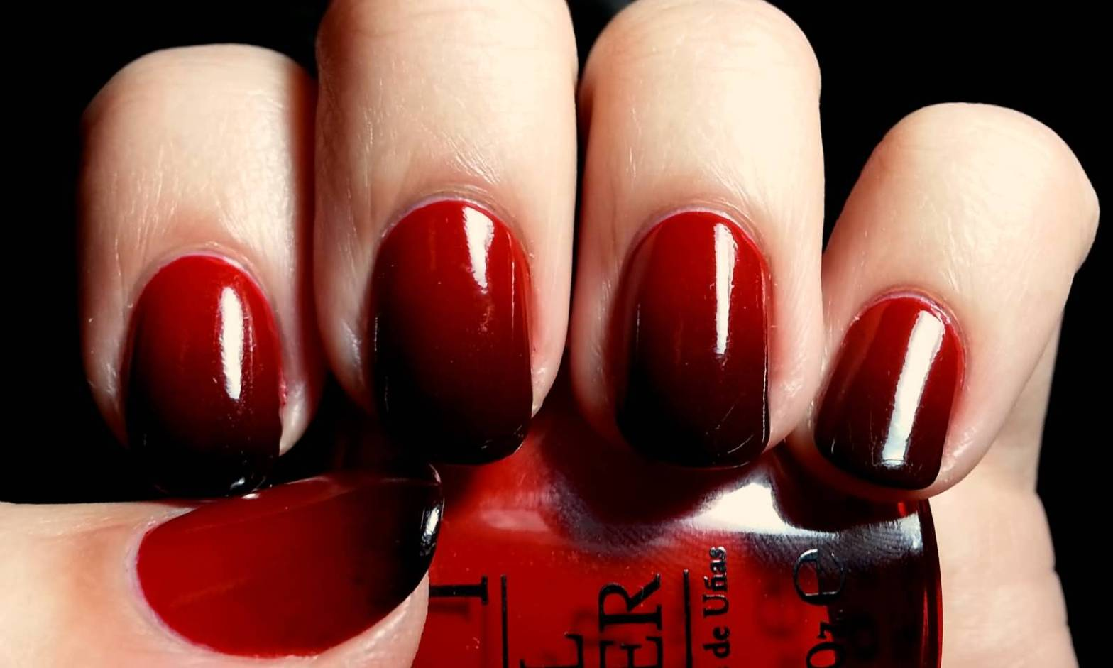 Dark-Ombre-Nail-Art-Design