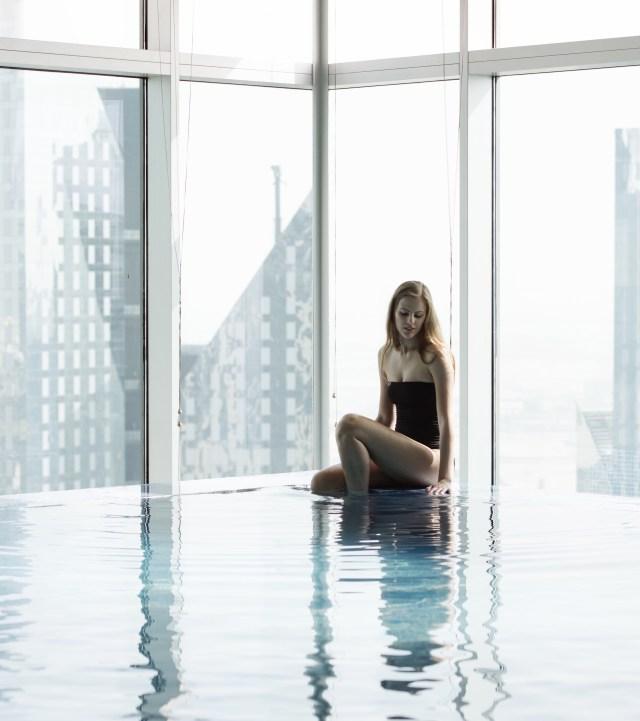 Shangri-La Hotel Dubai Indoor Pool