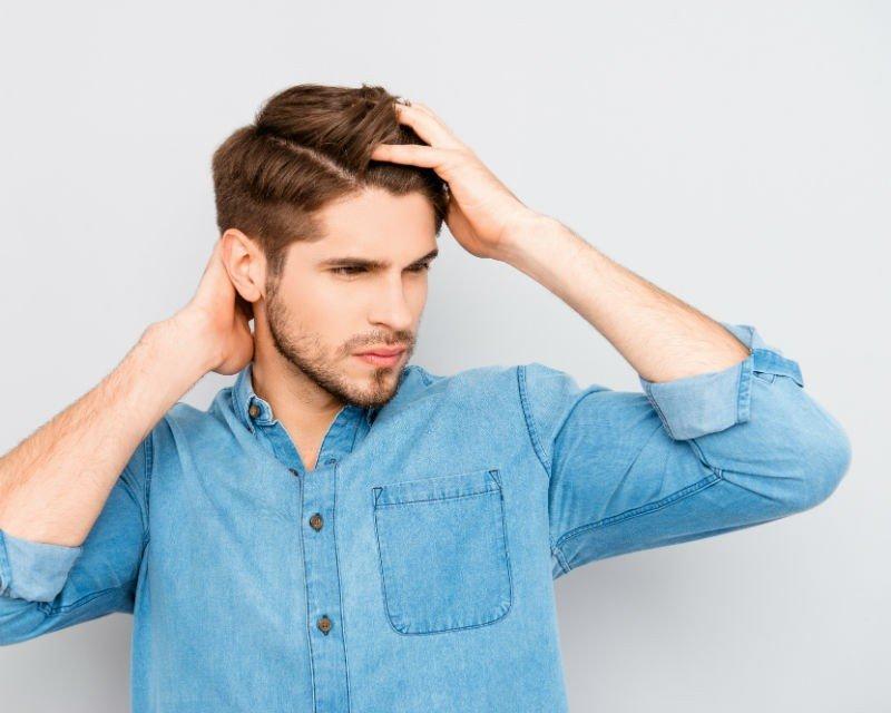 zabieg mezoterapii na wzmacnianie włosów u mężczyzn
