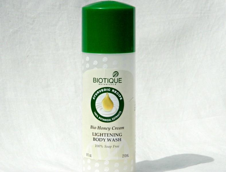 Biotique Bio Honey Cream Lightening Body Wash Review
