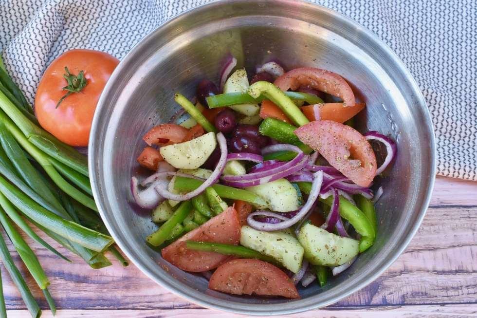 greek meal prep bowls