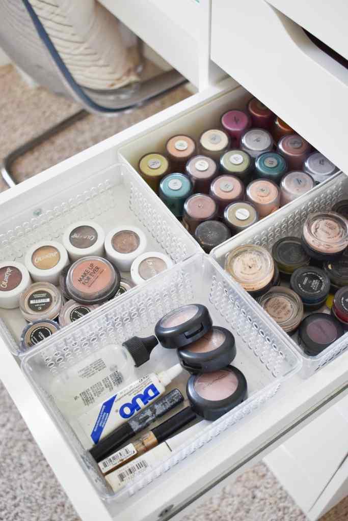 makeup storage and organization