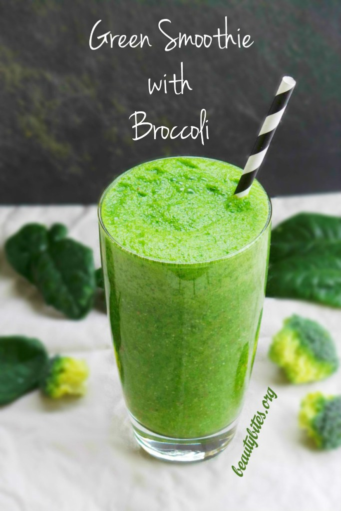 Green Smoothie with Broccoli