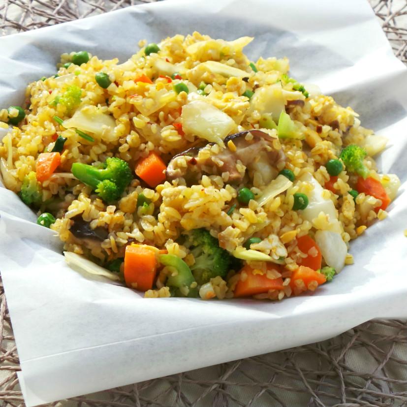 Healthy vegetable fried bulgur