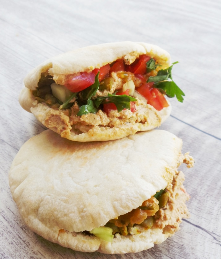 vegan lentil mini pitas - Beauty Bites