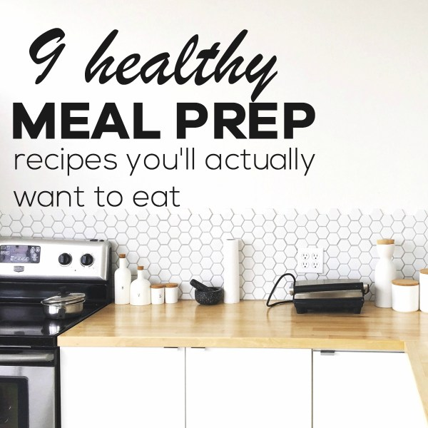 Trying to eat healthy, but don't know what to make this week for lunch or dinner? Plus you're just sick of chicken? Well, this collection of healthy meal prep recipes will solve all of your healthy eating problems! No chicken and you'll get all your healthy meals for the week made ahead in NO TIME. | pescatarian meal prep recipes | vegetarian meal prep recipes | #mealprep