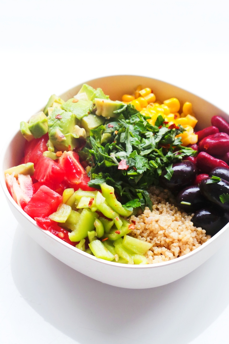 avocado, bean quinoa bowl - easy and healthy vegan meal prep recipe - delicious and healthy!