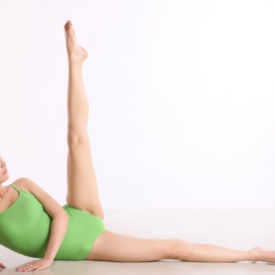 5-Minute Inner Thigh Workout To Do At Home