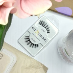 Tip Tuesday: How to clean false lashes