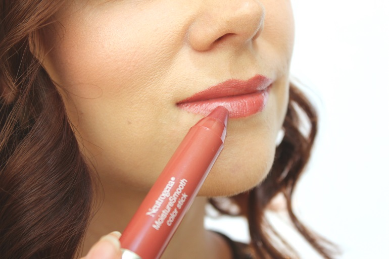 neutrogena moisture stick soft raspberry
