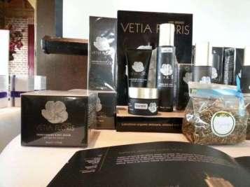 Vetia Floris