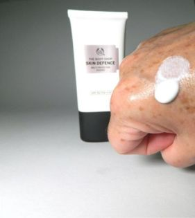 Skin Defence Multi-Protection The Body Shop