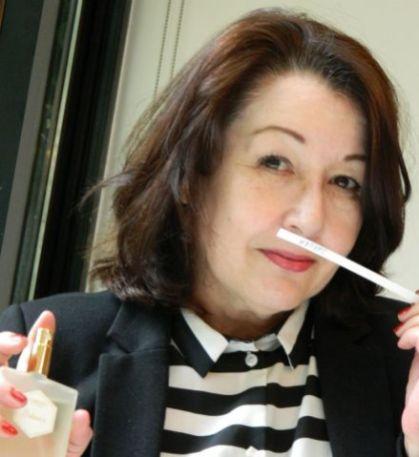 ruiken aan parfum Satori bij Annindrya