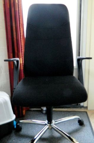 nieuwe-bureaustoel-aldi