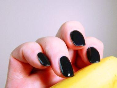catrice-noir-banaan