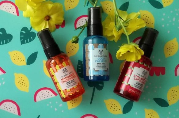 the body shop face mist strawberry