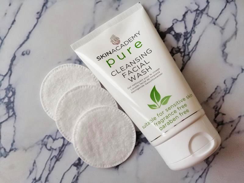 Review: SKINACADEMY PURE Pure-Zuivere gezichtsverzorging, 100% zonder kleur- en geurstoffen. 13 skinacademy pure Review: SKINACADEMY PURE Pure-Zuivere gezichtsverzorging, 100% zonder kleur- en geurstoffen.