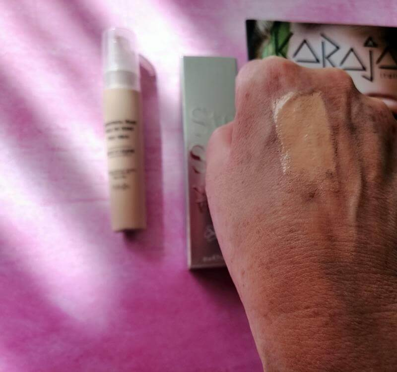 Review Karaja Make-up: 2 Foundations, Concealer, Lipstick & Lipgloss 21 karaja Review Karaja Make-up: 2 Foundations, Concealer, Lipstick & Lipgloss