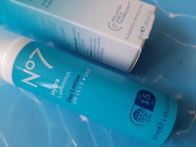 Review! No7 Hydraluminous Day Lotion SPF 15 10 no7 Review! No7 Hydraluminous Day Lotion SPF 15