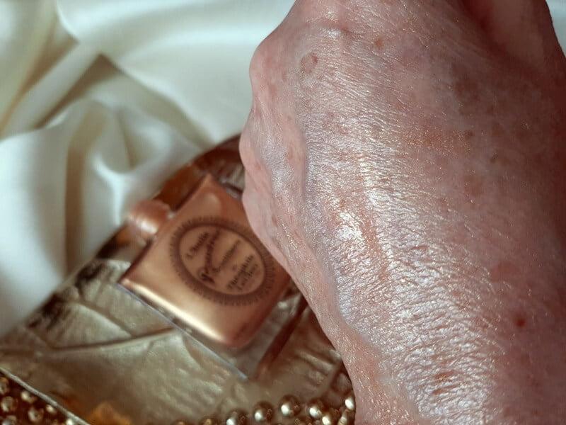 Review T. LeClerc L'Huile Poudrée Scintillante -The Shimmering Powder Oil 17 t. leclerc Review T. LeClerc L'Huile Poudrée Scintillante -The Shimmering Powder Oil