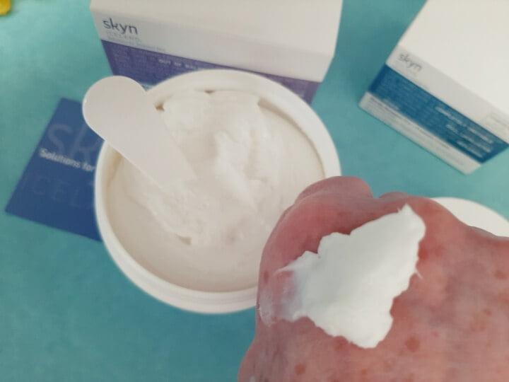 Review Nordic Renewal Pre & Probiotic Cream Starter Set en Arctic Repair Cream 15 skyn iceland Review Nordic Renewal Pre & Probiotic Cream Starter Set en Arctic Repair Cream
