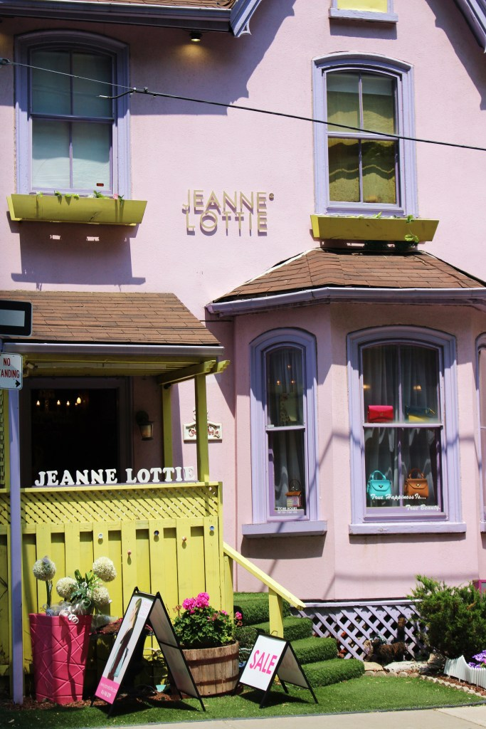 Jeanne Lottie Fashion Boutique in Toronto AKA the cutest store EVER!