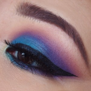 Morphe 35B Purple Blue Smokey Eye Tutorial