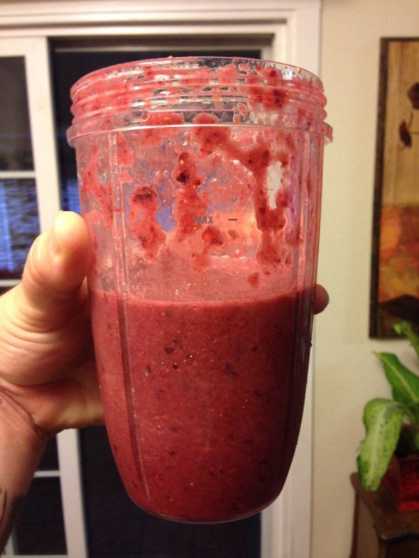 nutribullet-cherry-chocolate-smoothie