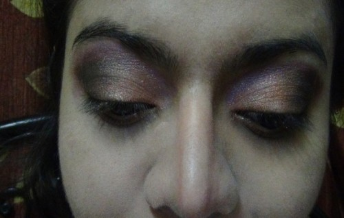 smokey purple eye shadow
