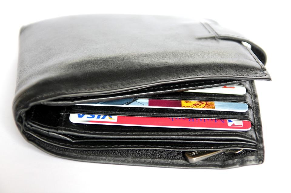 Wallet Organization for Safer Information Storage