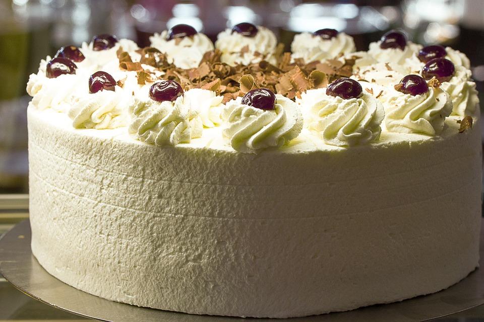 Cake Baking Secrets Black Forest Cake