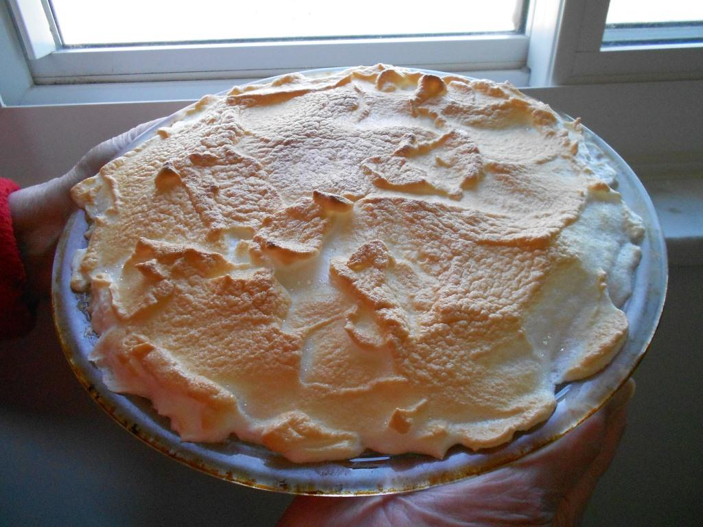 Orange Meringue Pie Whole