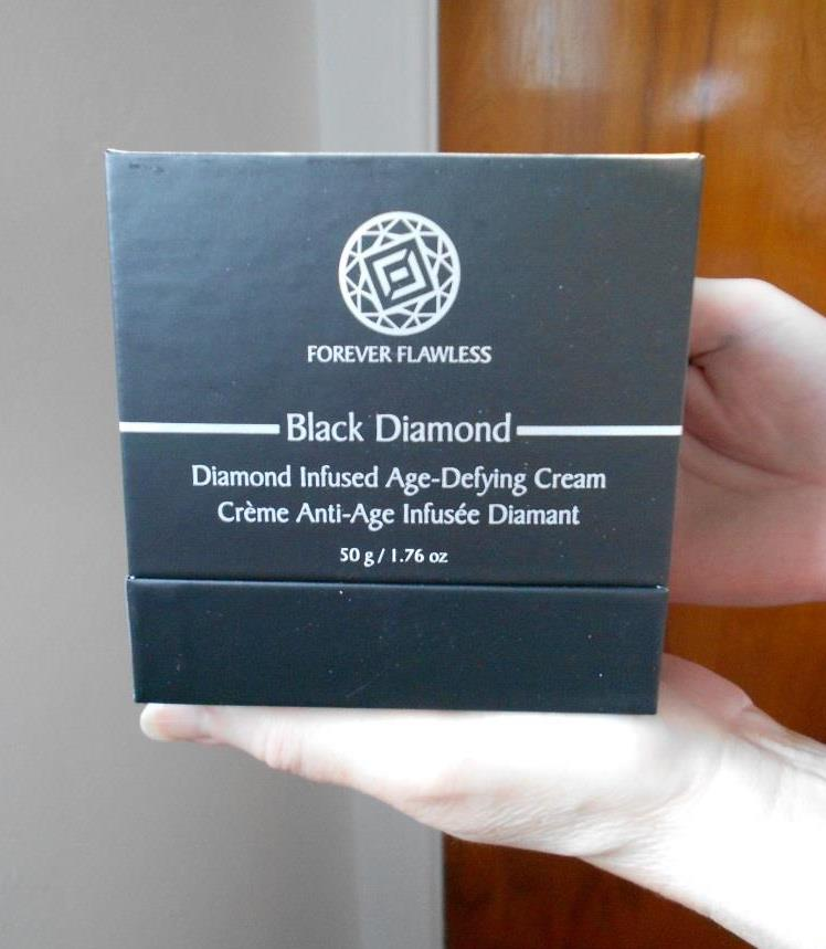 Diamond Infused Age-Defying Cream in Box