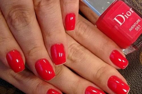 esmalte vermelho verão