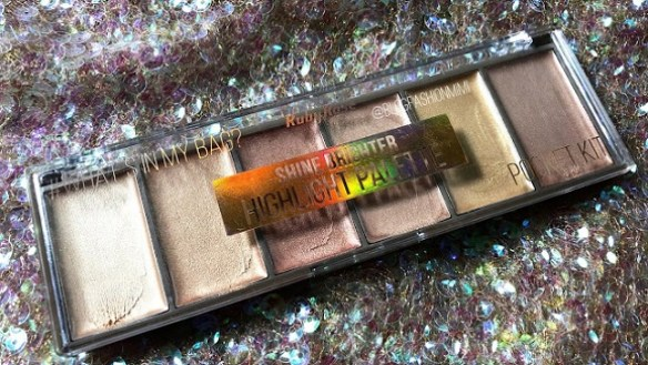 Shine Brighter Highlighter Palette em HB7510