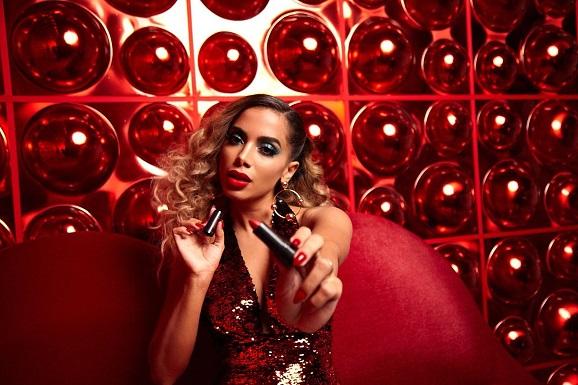 Conheça o batom usado por Anitta no seu novo clipe Indecente