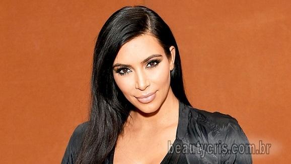 Kim Kardashian gloss nude
