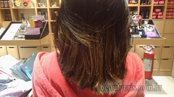 Spray Iluminador Californianas QDB em cabelo preto