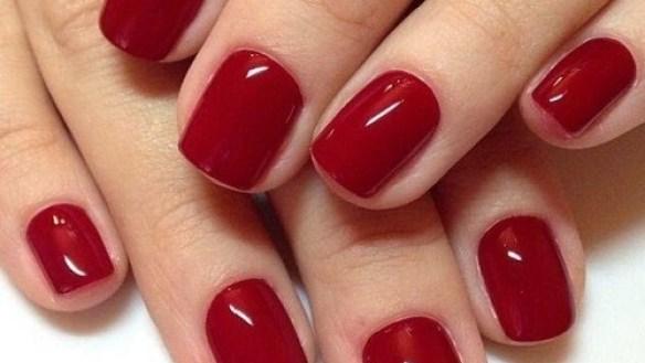 esmalte vermelho cereja tendencia