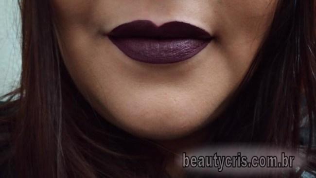 batom-dark-lolita-tblogs-693x390 Top 5 Batons Líquidos Escuros da T.Blogs para o outono-inverno