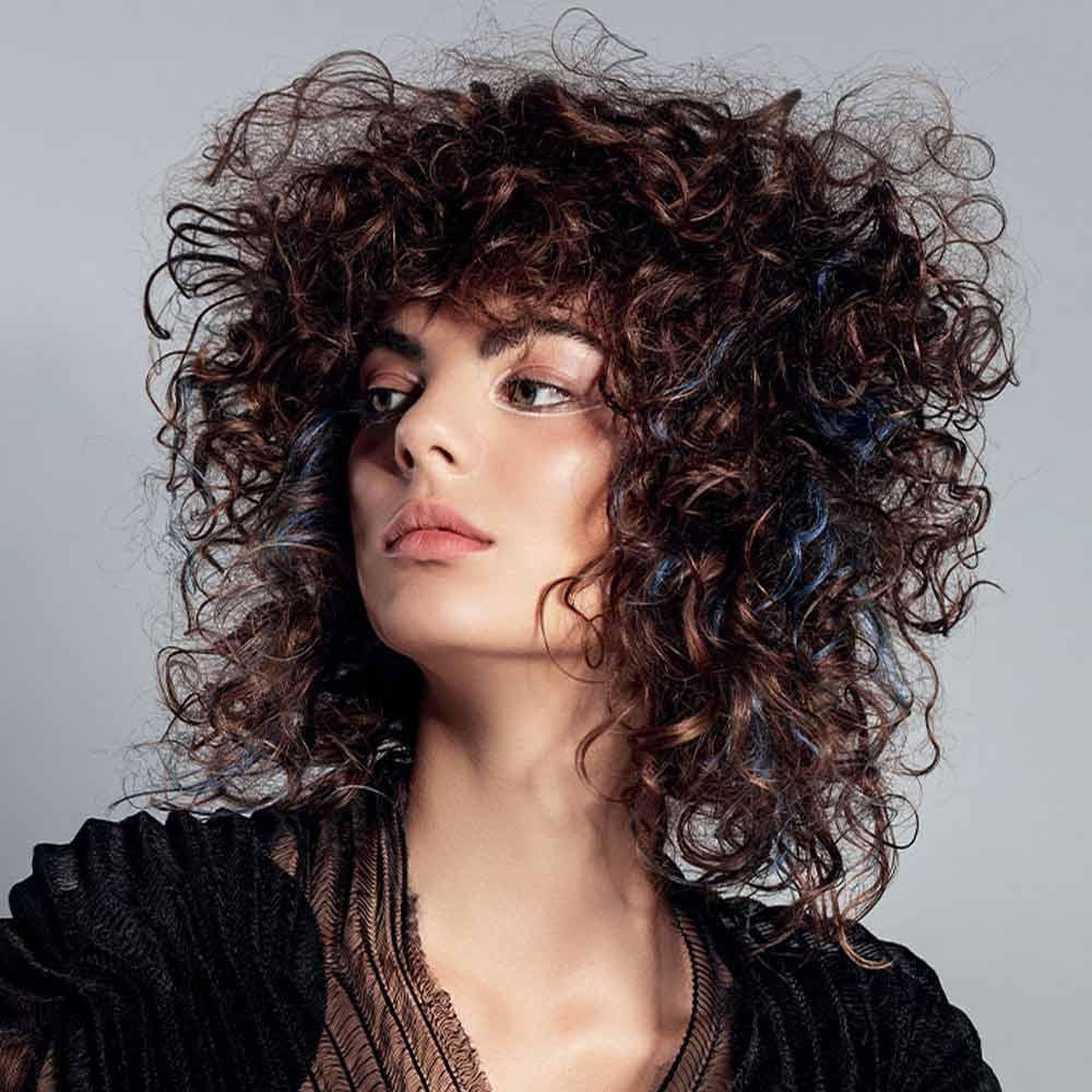 Tagli capelli medi mossi inverno 2021