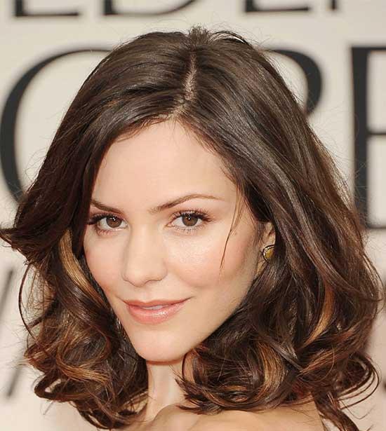 Isla Fisher Medium Hairstyles for Women