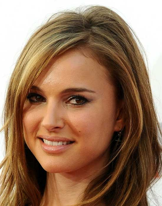 Natalie Portman Medium Hairstyles for Round Faces