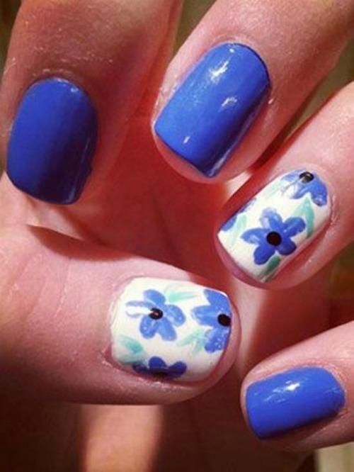 Floral Blue Nail Design