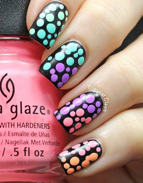40 Beautiful Polka Dot Nails: Nail Trends to Try Right Now - Always ...
