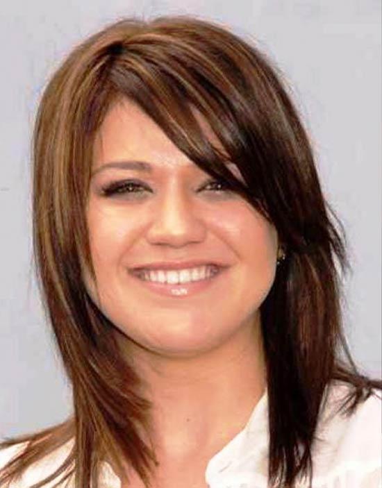 Kelly Clarkson Medium Hairstyles
