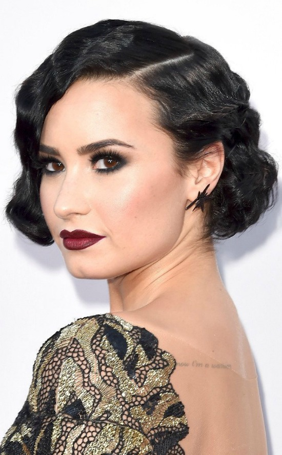 Top 32 Demi Lovatos Hairstyles Amp Haircut Ideas For You To Try