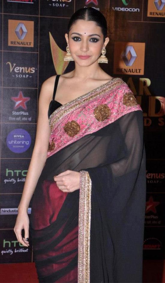 Anushka-Sharma-In-Black-And-Pink-Transparent-Saree