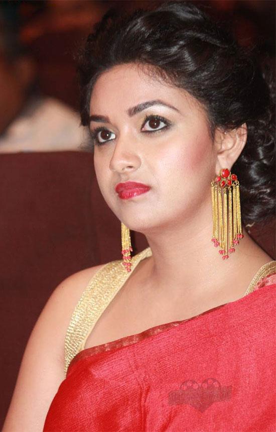 Keerthi Suresh Cute Red saree
