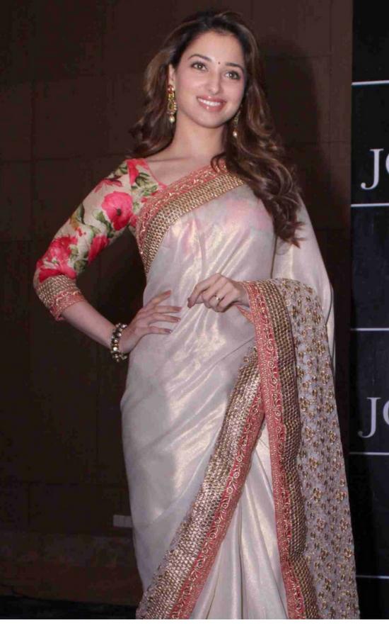 Tamanna Bhatia In Cream Saree With Floral Print Blouse